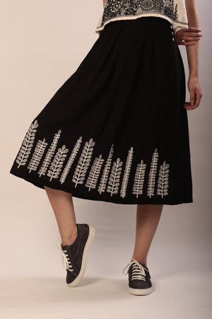 Tahita skirt in hand embroidered khadi cotton