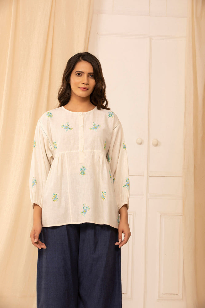 Lyla blouse in hand embroidered Ivory malkha