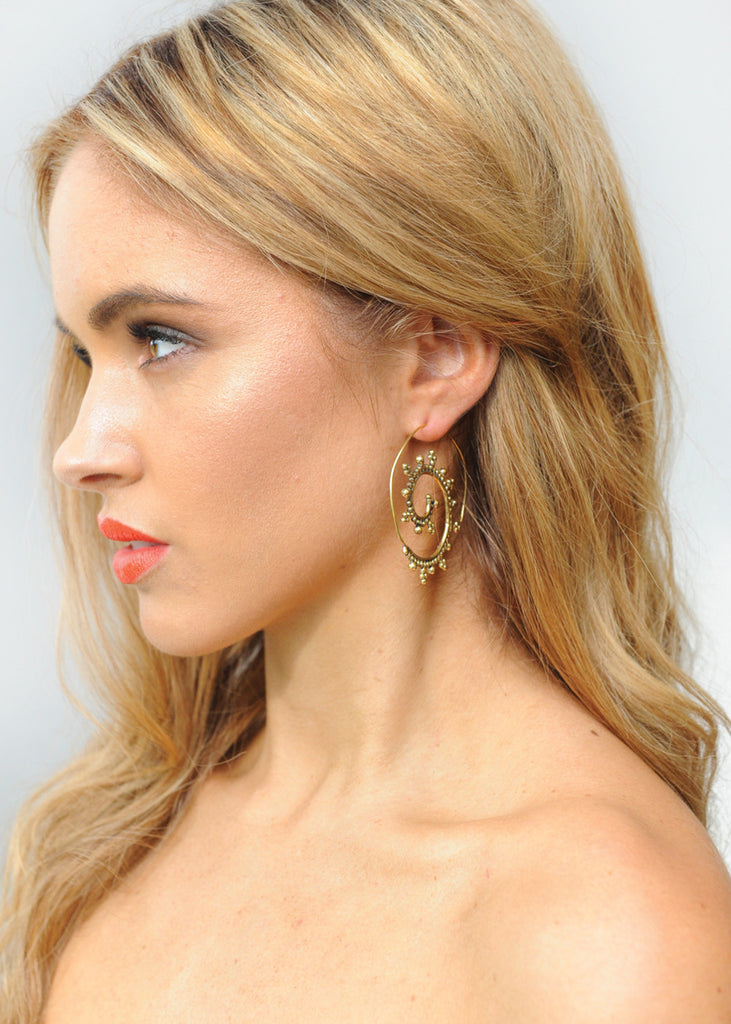 Sow The Seeds Spiral Earring - Gold
