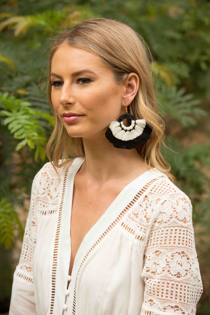 Togo Earring - Black & White