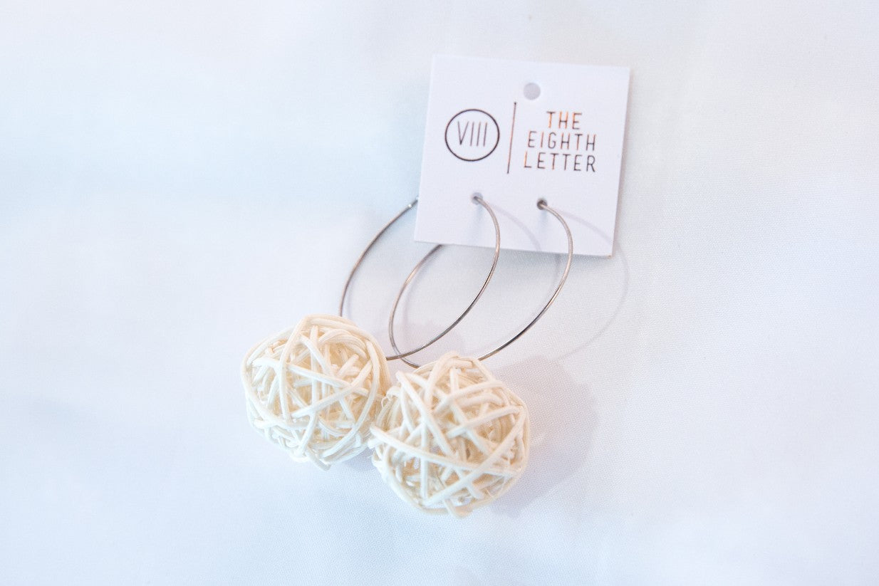 Nest Earring - White