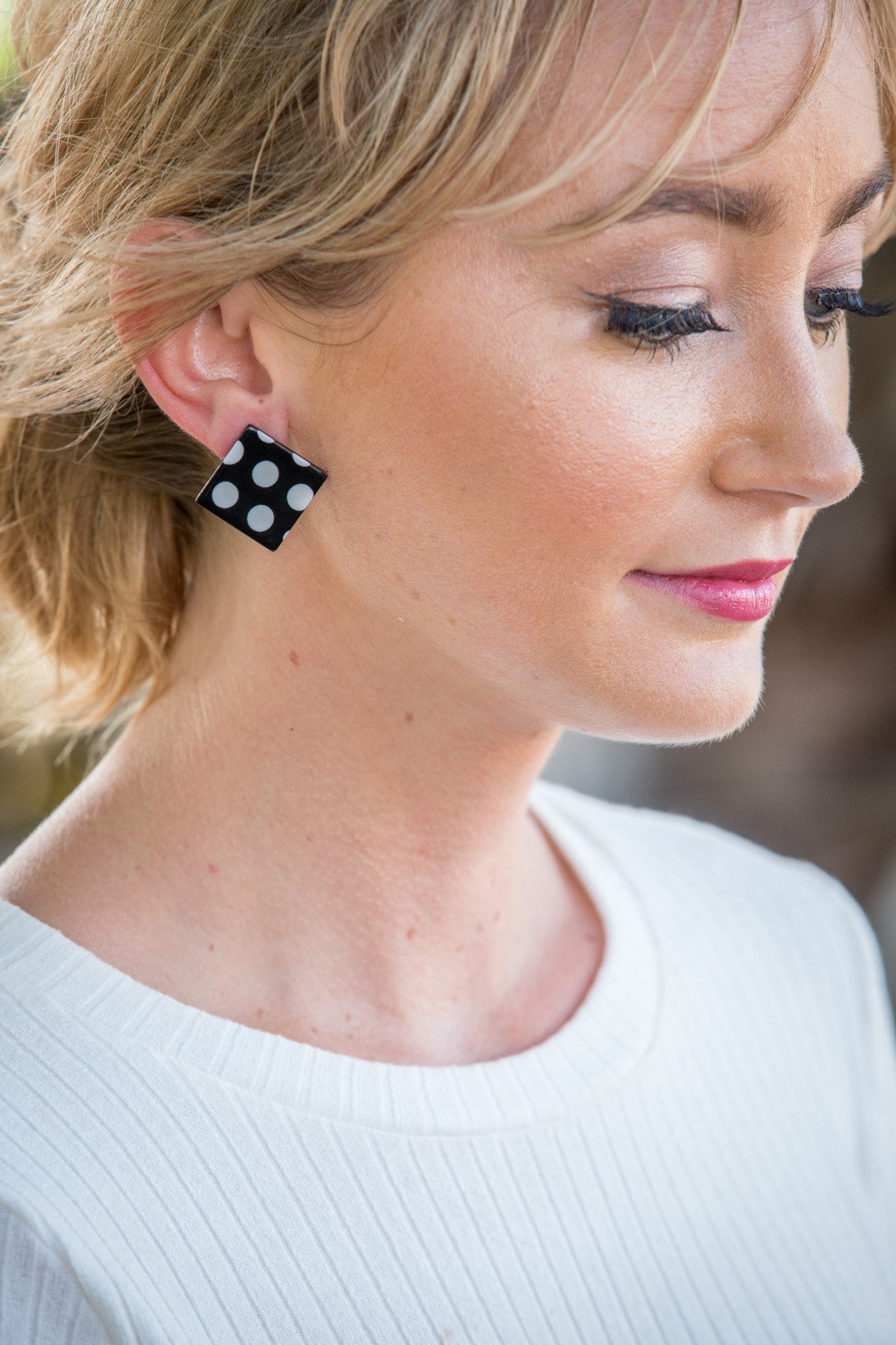 Speckle Square Stud - Black