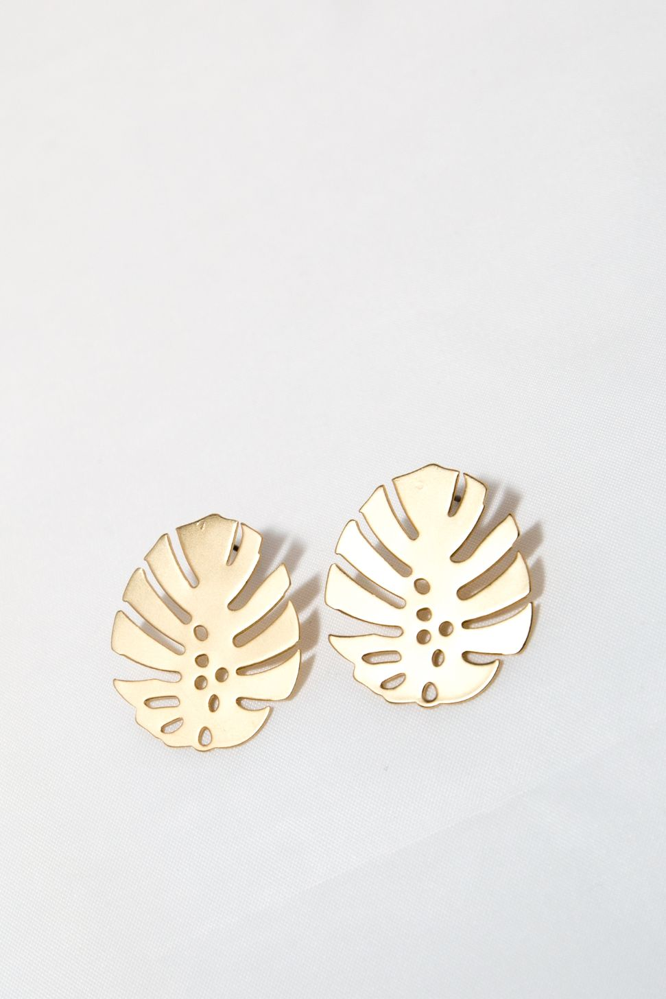 Nook Earring - Gold