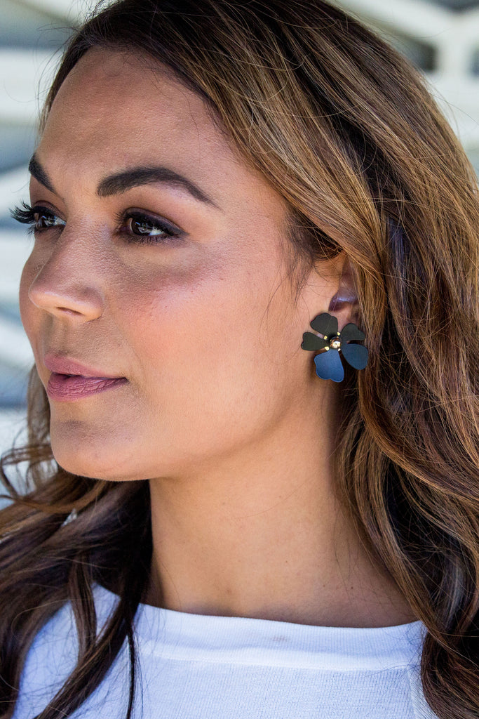 Lucy Earring - Black