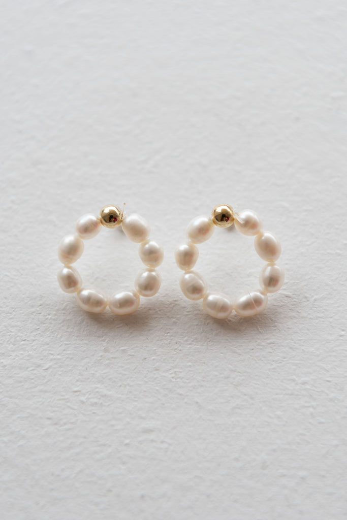 Betty Earring - Pearl
