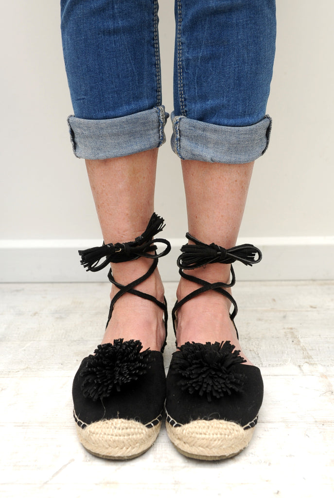 Hamptons Lace Up