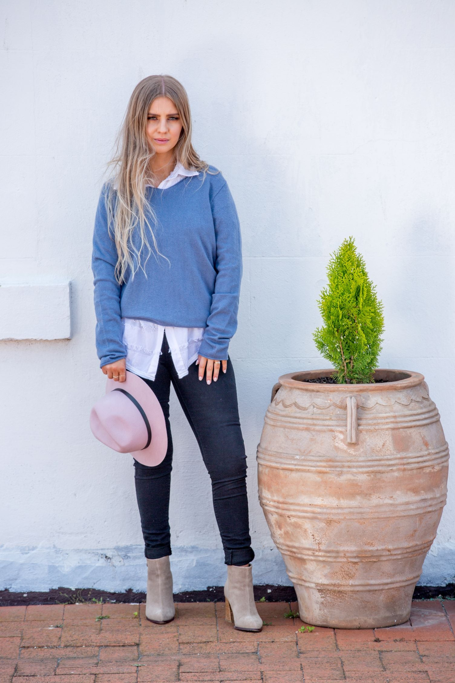 NEVE SWEATER - Sky Blue