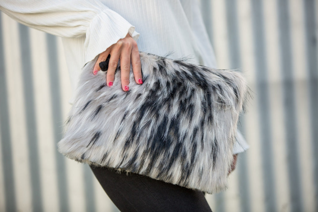 Falconer Clutch - Black & White