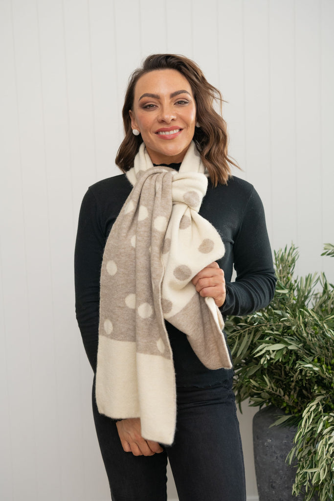 Easton Spot Scarf Wheat - PRE-ORDER