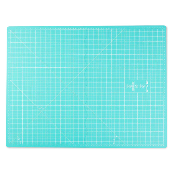 Foldable cutting mat 45x60cm from Prym Love