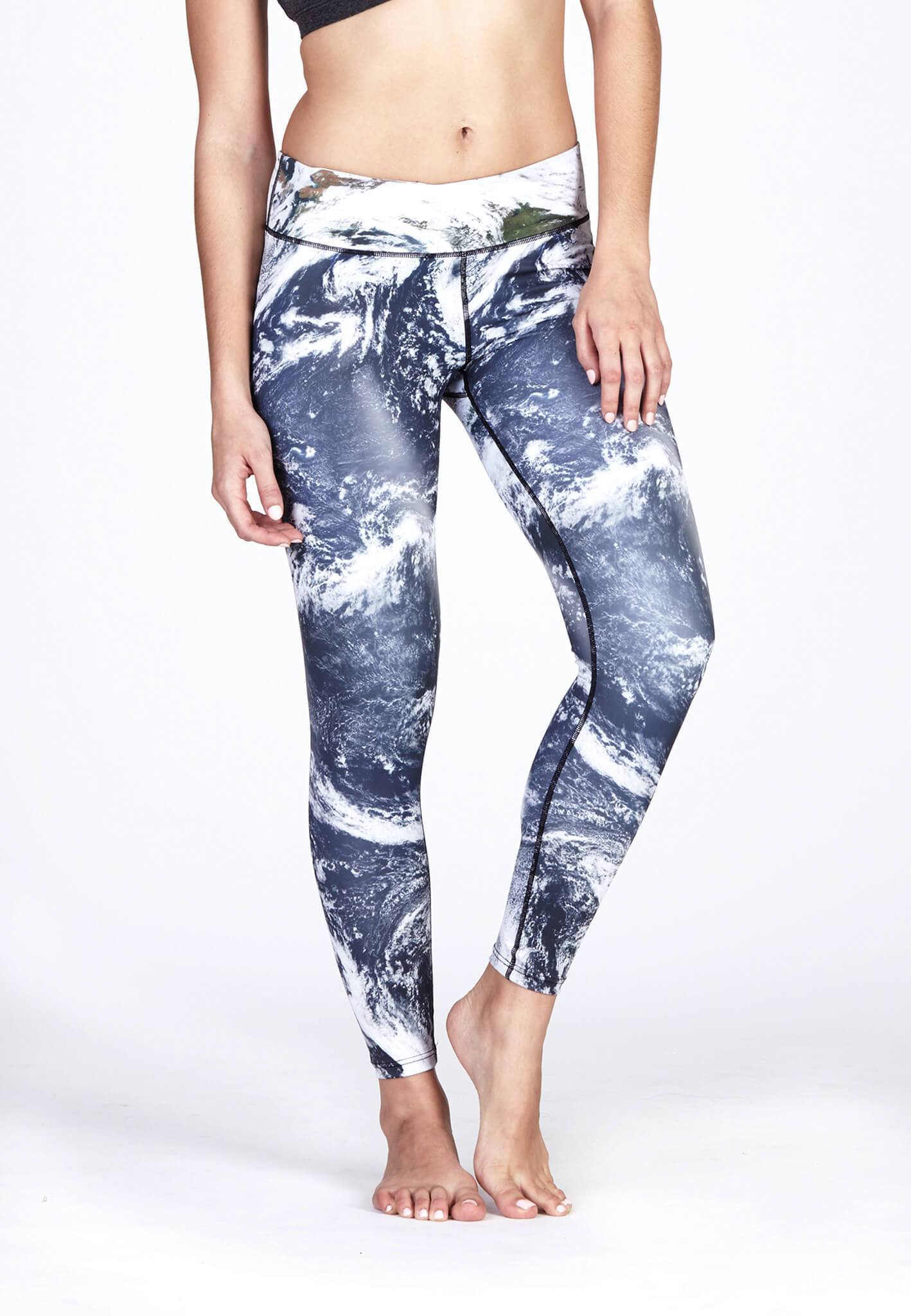 FUNFIT Movement Leggings in Cosmos Print(S-XL)