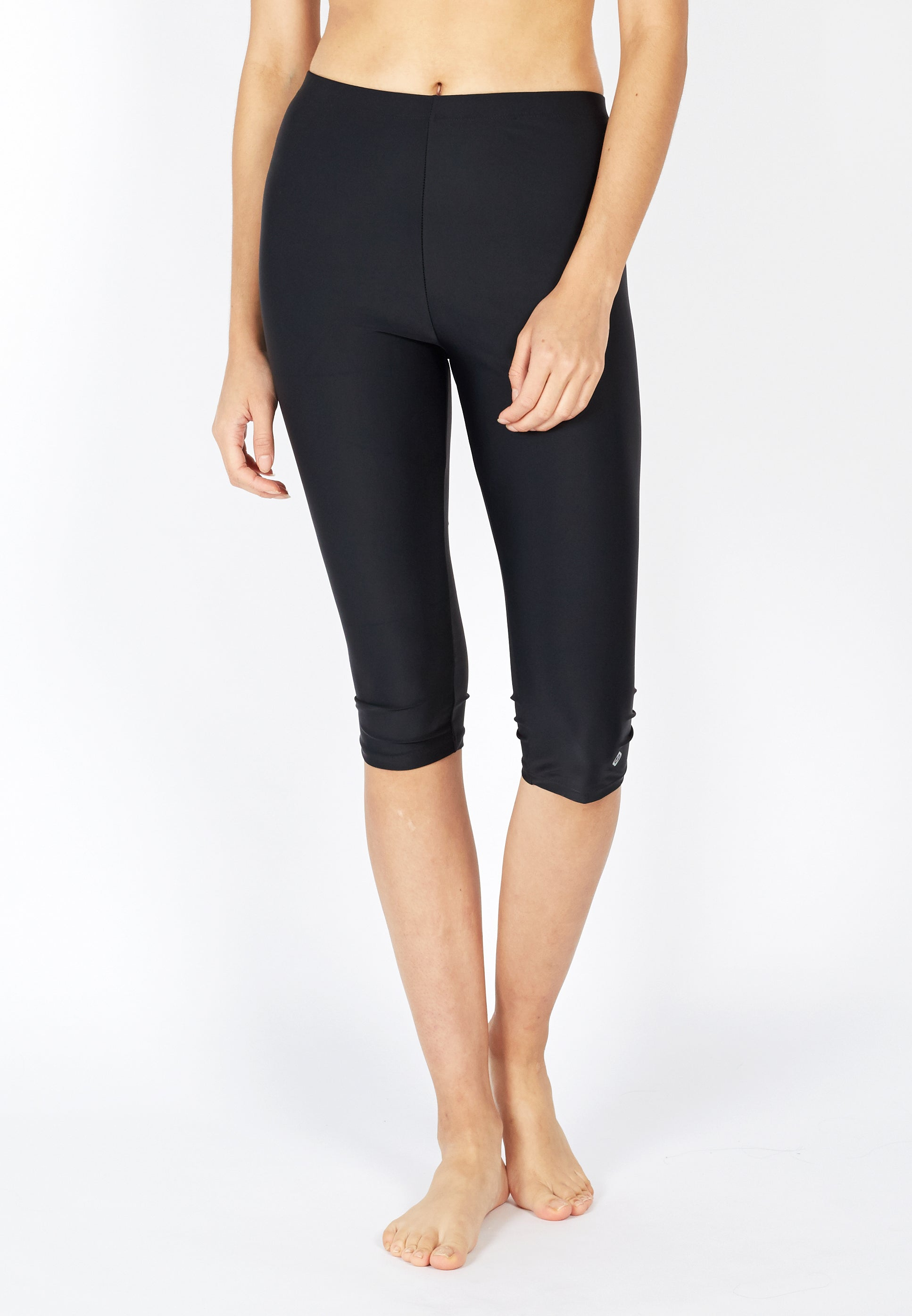 UPF50+ Basic Capri Pants (Black) | S - 5XL