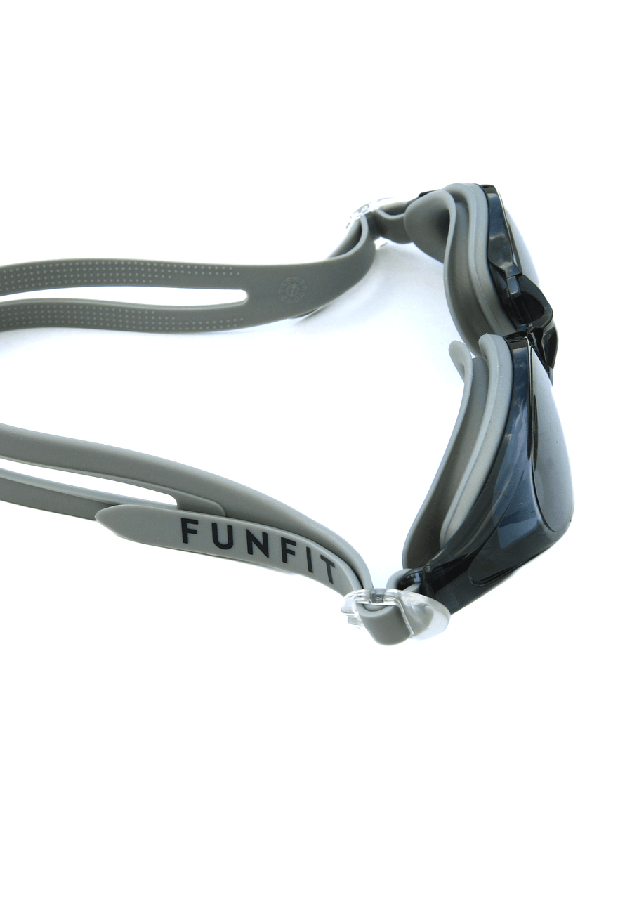 Leisure Wide-Framed Goggles (Grey)