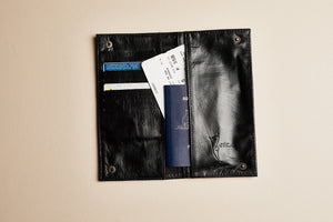 MARY TRAVEL WALLET - LOST LITTLE ONE