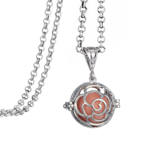 Round Essential Oil Flower Pendant With Glow-In-The-Dark Insert