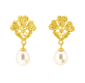 Gold plated earrings with Freshwater Pearl