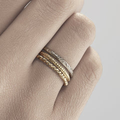 18ct Yellow Gold Engraved Wedding Band