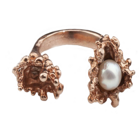 Single Pearl Spine Rose Ring