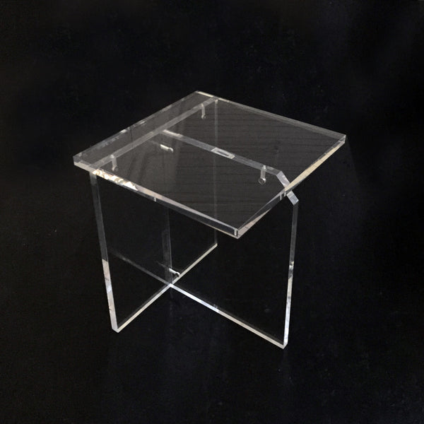 EL-FR SPECIES Perspex Table M