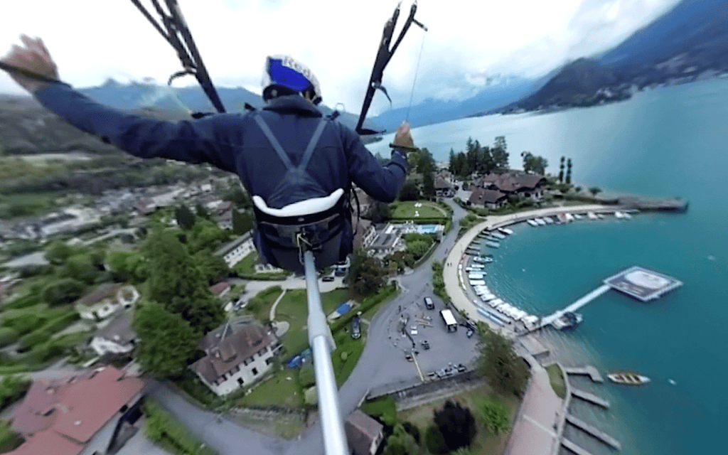 Red Bull Paraglide above the Alps in 360Video