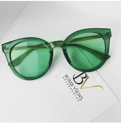 Flower Girl Green Circle Sunglasses