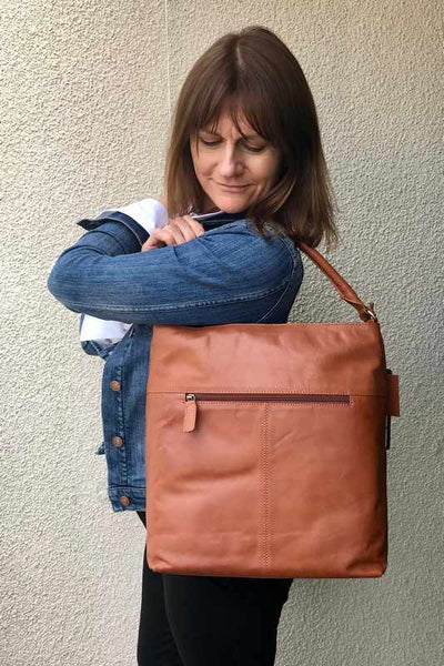 Five Reasons Why You will Love Your Rowallan Leather Bag!