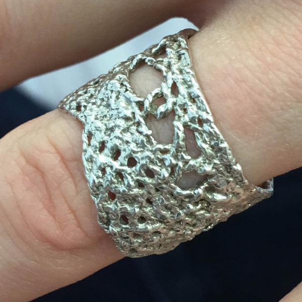 I Love A Lassie Jewellery Antique Lace Sterling Silver Ring on finger