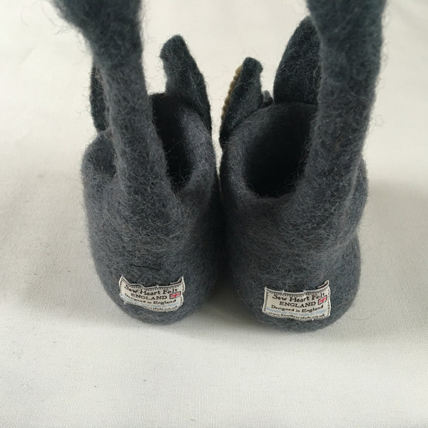 Fun felt children's slippers