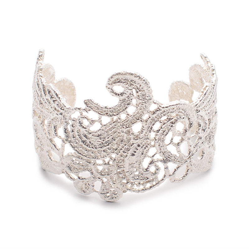 I Love A Lassie Antique Lace Silver Cuff