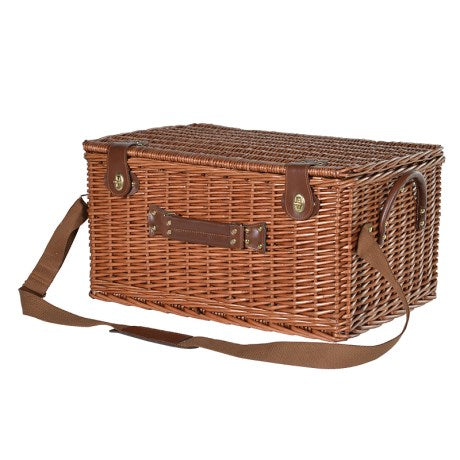 Large Rattan Deluxe Picnic Basket closed