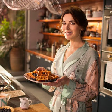 Nigella in a One Hundred Stars Dressing Gown in her new TV show