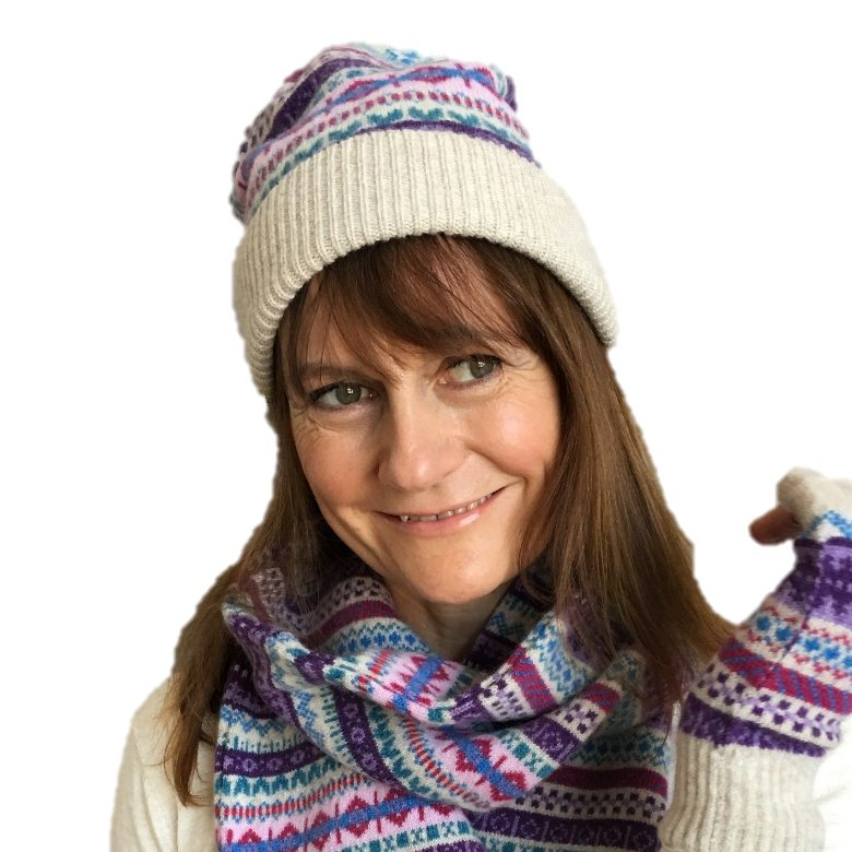 Old School Beauly Knitwear - Beauly Hat on Model front