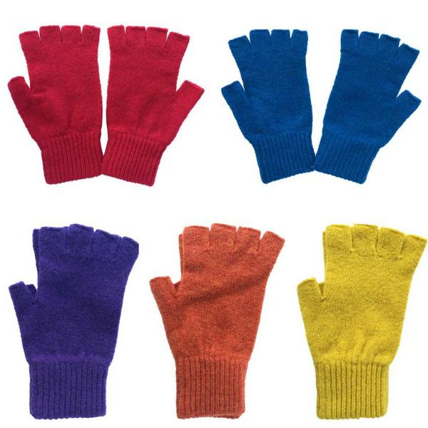 Old School Beauly Knitwear - Highlander Half-finger Gloves collection