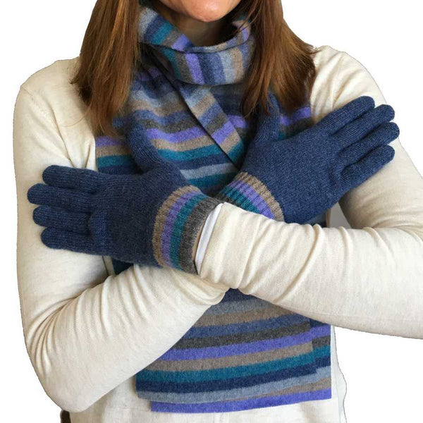 Old School Beauly Knitwear - Inverness Blue Skies Gloves on model close-up