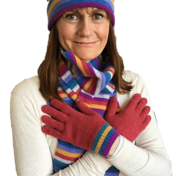 Old School Beauly Knitwear - Inverness Sunset Gloves on model with scarf & hat