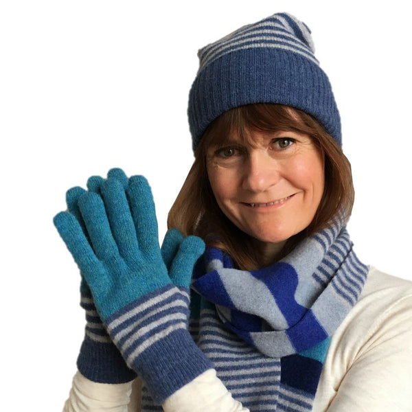 Old School Beauly Knitwear - Ullapool Hat on model with matching gloves & scarf