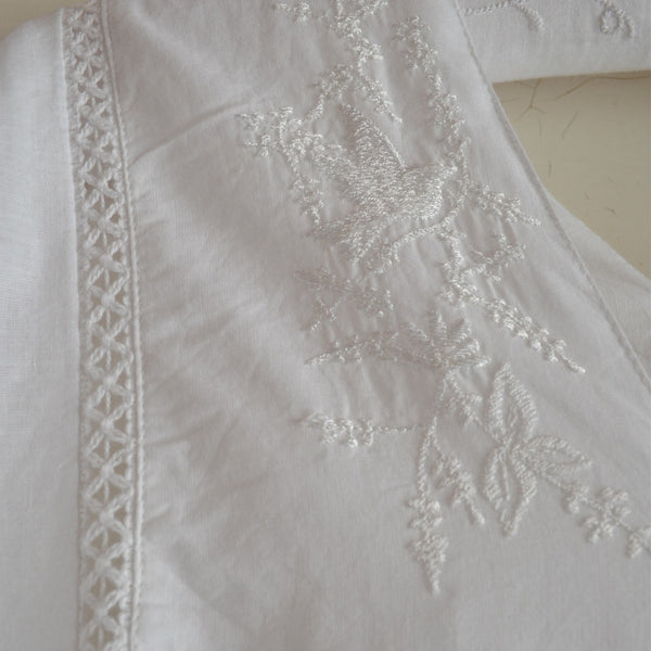 Valentina Nightdress Wide Sleeves close up