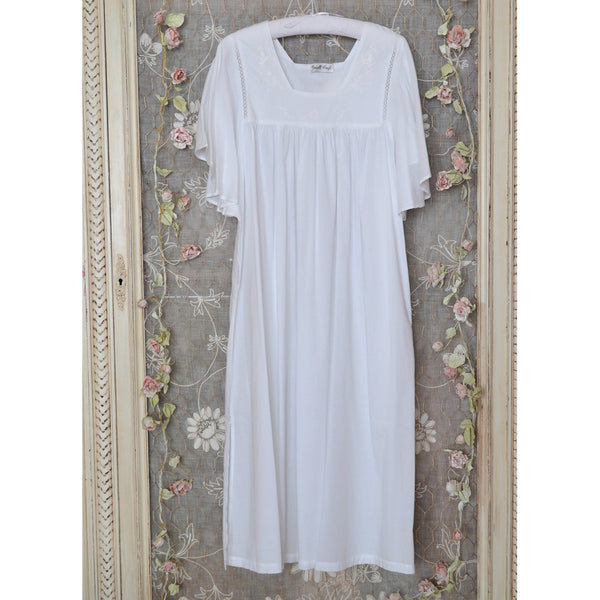 Valentina Nightdress Wide Sleeves hanging
