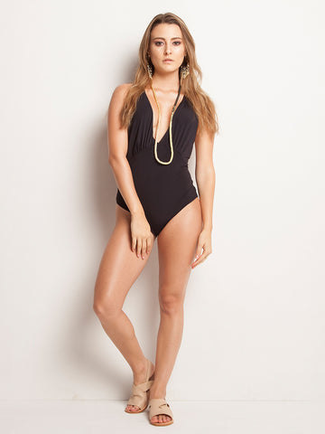 Stunning Uncover One Piece Black