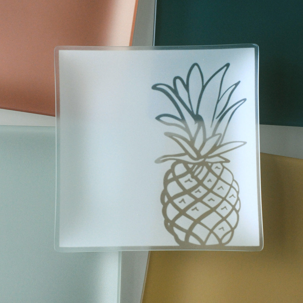 9 inch Pineapple Plates with Purpose™ for Family House