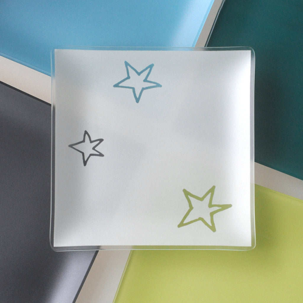 9 inch Stars Plates With Purpose™ for benefiting AIDS organizations