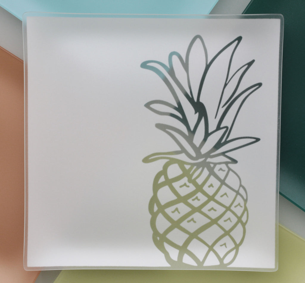 13 inch Pineapple Plates with Purpose™ for Family House