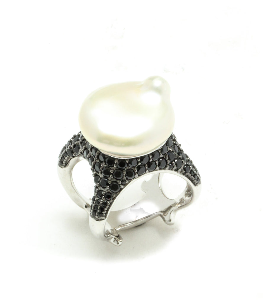 15MM Baroque Freshwater Pearl & Black Spinel Starfish Ring