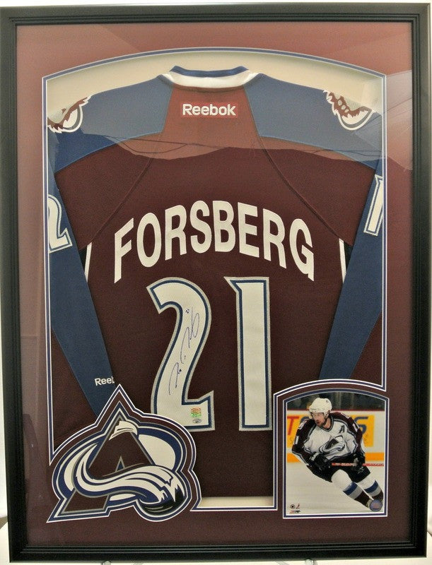 Peter Forsberg signed Burgundy Avs Jersey with Photo and Logo