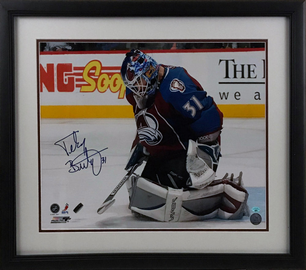 Peter Budaj Signed and Framed 16x20 Photo
