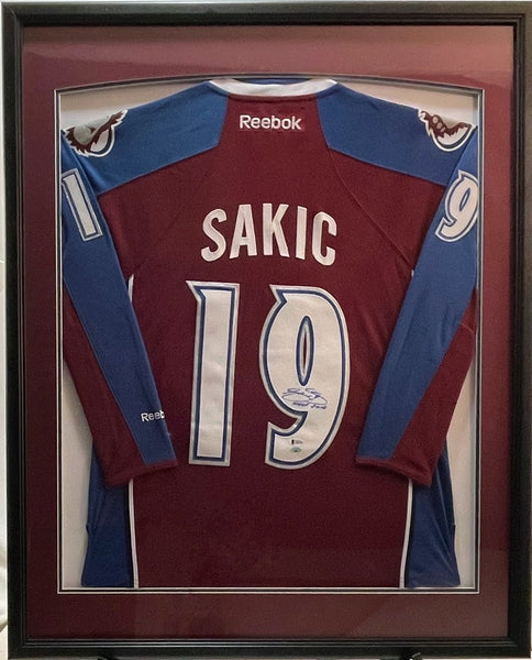 Joe Sakic Signed and Inscribed Jersey Framed LSM Beckett COA