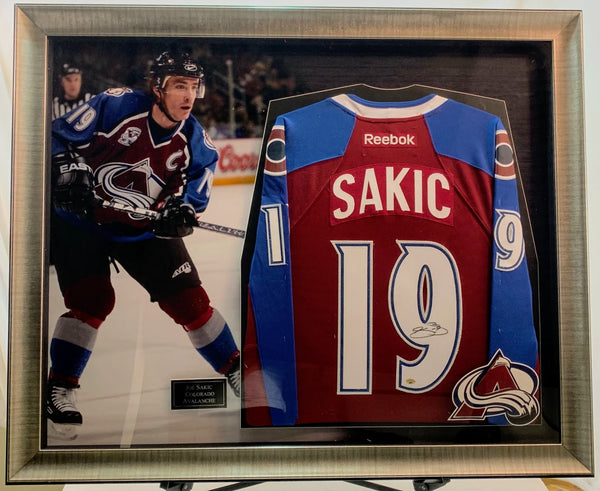 Joe Sakic Colorado Avalanche Signed Jersey Deluxe Framed Shadow Box LSM COA