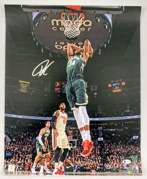 Giannis (the Greek Freak) Antetokounmpo Signed 16x20 Photo LSM Beckett COA