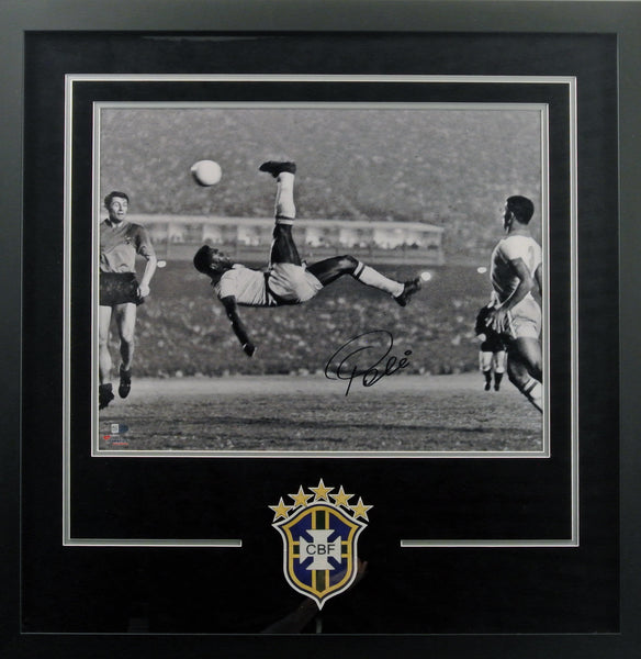 Pele Brazil Autographed 16x20 Bicycle Kick Photograph - Deluxe Framing