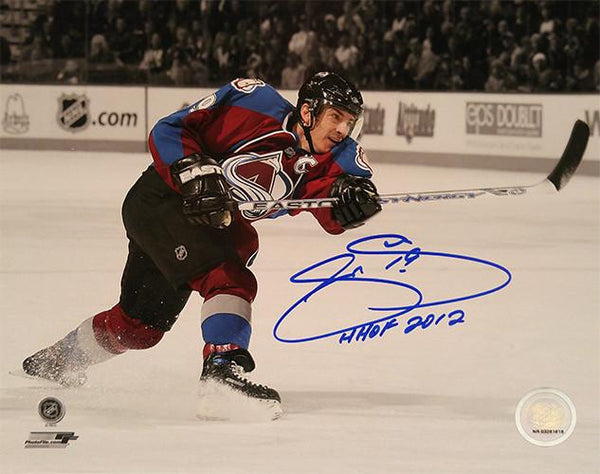 Joe Sakic 16x20 Signed Photo HHOF Inscription - Latitude Sports Marketing
